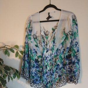 White house Black market Flower blouse